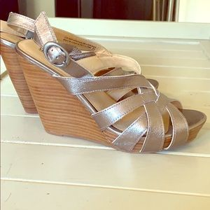 Seychelles silver leather wedge sandals